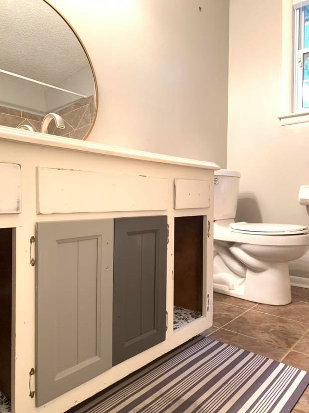 Bathroom Makeover With Wise Owl Paint Asouthernstory
